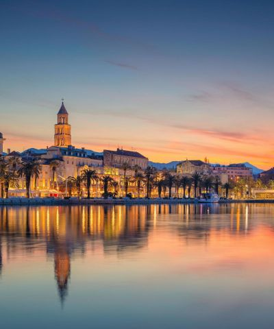 Η Κροατία είναι χώρα στη νότιο-ανατολική Ευρώπη και συνορεύει στα βόρεια με την Ουγγαρία και την Σλοβενία, στα ανατολικά με την Σερβία και τη Βοσνία-Ερζεγοβίνη, ενώ στη νότια άκρη της με το Μαυροβούνιο. Στο δυτικό της τμήμα βρέχεται από την Αδριατική θάλασσα η οποία αποτελεί έτσι τα φυσικά της σύνορα. Η πρωτεύουσά της είναι το Ζάγκρεμπ. Η Δαλματία είναι ιστορική περιοχή της ανατολικής Αδριατικής. Σήμερα είναι μία από τις τέσσερις ιστορικές περιοχές της Κροατίας και είναι μια στενή παραλιακή περιοχή, που εκτείνεται από το νησί Ραμπ στο βορρά μέχρι τον Κόλπο του Κότορ στο νότο. Το Βελιγράδι είναι η πρωτεύουσα και μεγαλύτερη πόλη της Σερβίας. Βρίσκεται στη συμβολή των ποταμών Σάβου και Δούναβη, εκεί όπου η πεδιάδα της Παννονίας συναντά τα Βαλκάνια. Η Σλοβενία, επίσημα Δημοκρατία της Σλοβενίας, είναι χώρα των Βαλκανίων σε σταυροδρόμι βασικών Ευρωπαϊκών πολιτιστικών και εμπορικών δρόμων. Η Ιταλία, αποτελείται από μία χερσόνησο σε σχήμα μπότας και δύο μεγάλα νησιά στη Μεσόγειο θάλασσα, τη Σικελία και τη Σαρδηνία. Βόρεια συνορεύει με την Ελβετία και την Αυστρία, δυτικά με τη Γαλλία και ανατολικά με τη Σλοβενία.