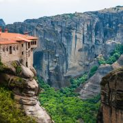 3-Day Delphi and Meteora Tour From Athens