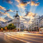 Η Μαδρίτη είναι η πρωτεύουσα και μεγαλύτερη πόλη της Ισπανίας. Είναι τρίτη μεγαλύτερη πόλη της Ευρωπαϊκής Ένωσης μετά το Λονδίνο και το Βερολίνο, ενώ η μητροπολιτική περιοχή είναι επίσης η τρίτη μεγαλύτερη στην Ευρωπαϊκή Ένωση μετά του Λονδίνου και του Παρισιού. Η Μαδρίτη ενώ διαθέτει σύγχρονες υποδομές, έχει διατηρήσει την όψη και την αισθητική πολλών από τις ιστορικές γειτονιές και οδούς.