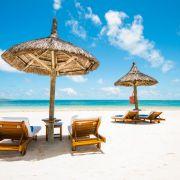 Ο Μαυρίκιος είναι νησιωτικό κράτος του Ινδικού ωκεανού ανατολικά της Μαδαγασκάρης. Ο Μαυρίκιος περιβάλλεται από κοραλιογενείς υφάλους ενώ έχει ηφαιστειακή προέλευση, δίνοντας τη δυνατότητα στους επισκέπτες τόσο για εξερεύνηση, όσο για απόλαυση και χαλάρωση!